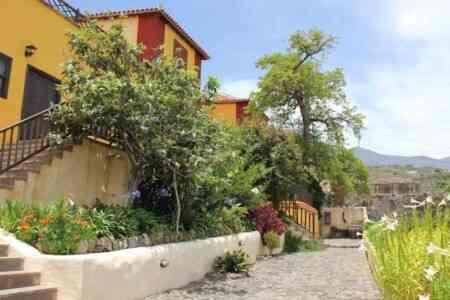 Hotel Rural La Raya